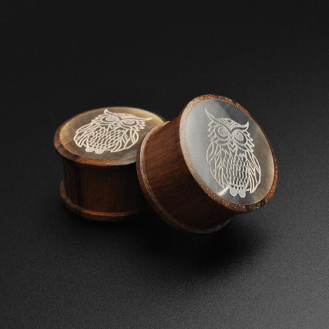 Sono Wood Double Flare Plug With Owl Engraved Black MOP Inlay