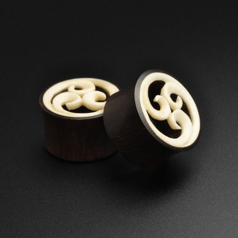 Sono Wood Double Flare Tunnel With Bone Spiral Inlay