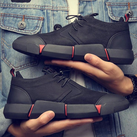 Mens High Quality Black Leather casual shoes Fashion Breathable Sneakers