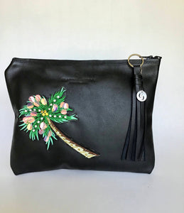 Caribean palm clutch