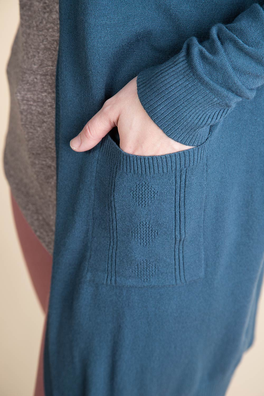 Type 2 Dust Cardigan
