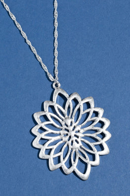 Type 2 Silver Mum Necklace