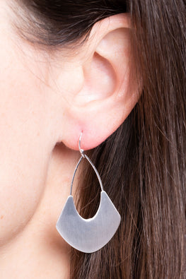 Type 4 Silent Sweep Earrings