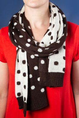 Type 1 Cocoa & Marshmallow Scarf