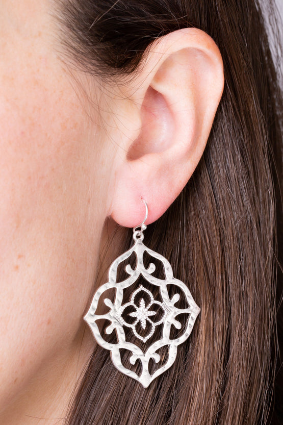 Type 2 Enchanted Moment Earrings