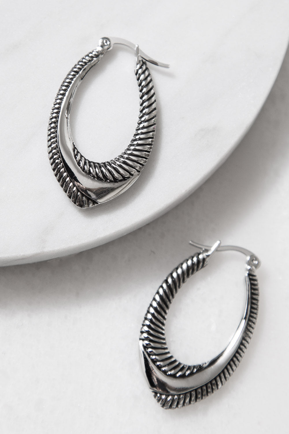 Type 2 Swooping In Earrings