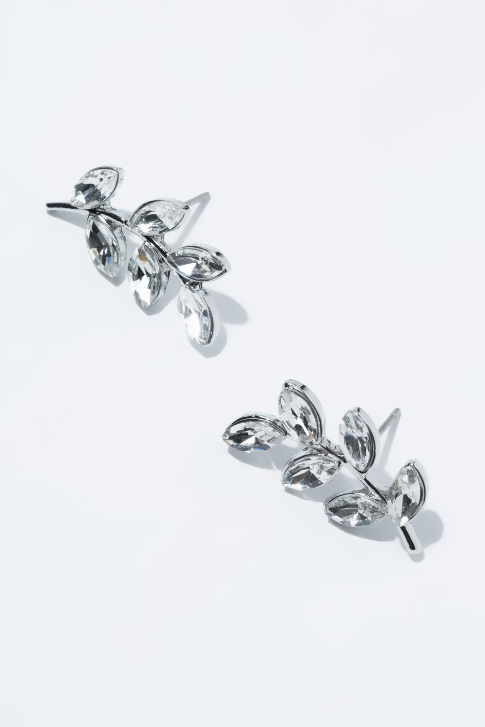Type 4 Frosty Laurels Earrings