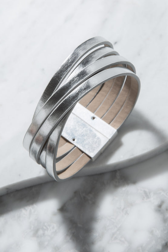 Type 4 Oscillating Rings Bracelet