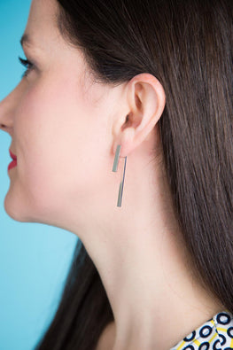 Type 4 Enticing Bar Earrings