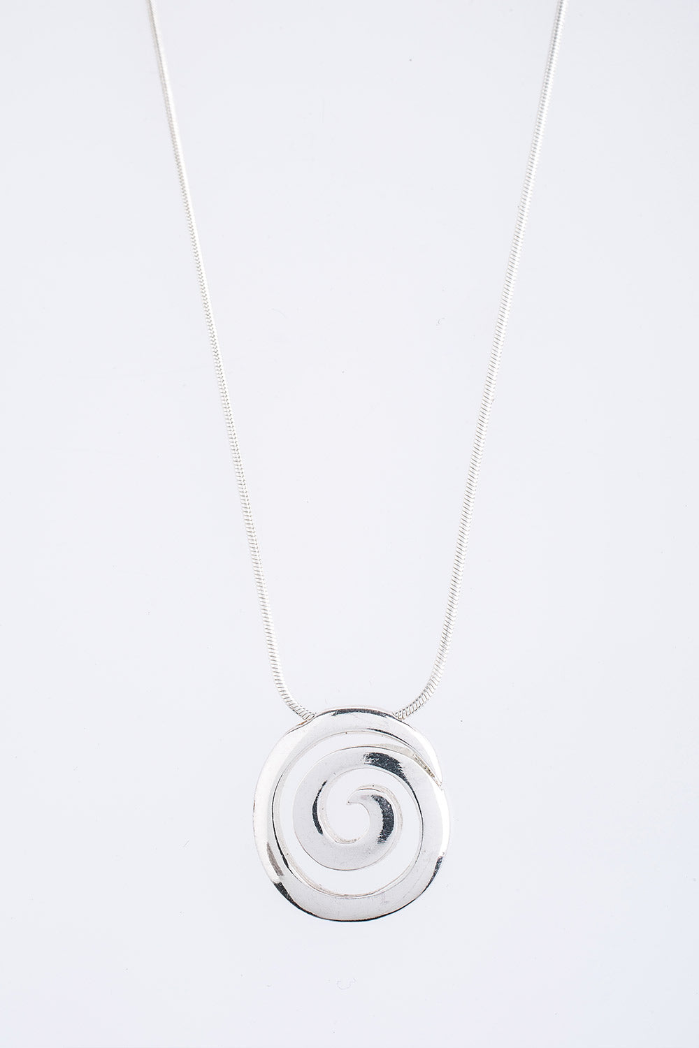 Type 4 Smooth Silver Spiral Necklace