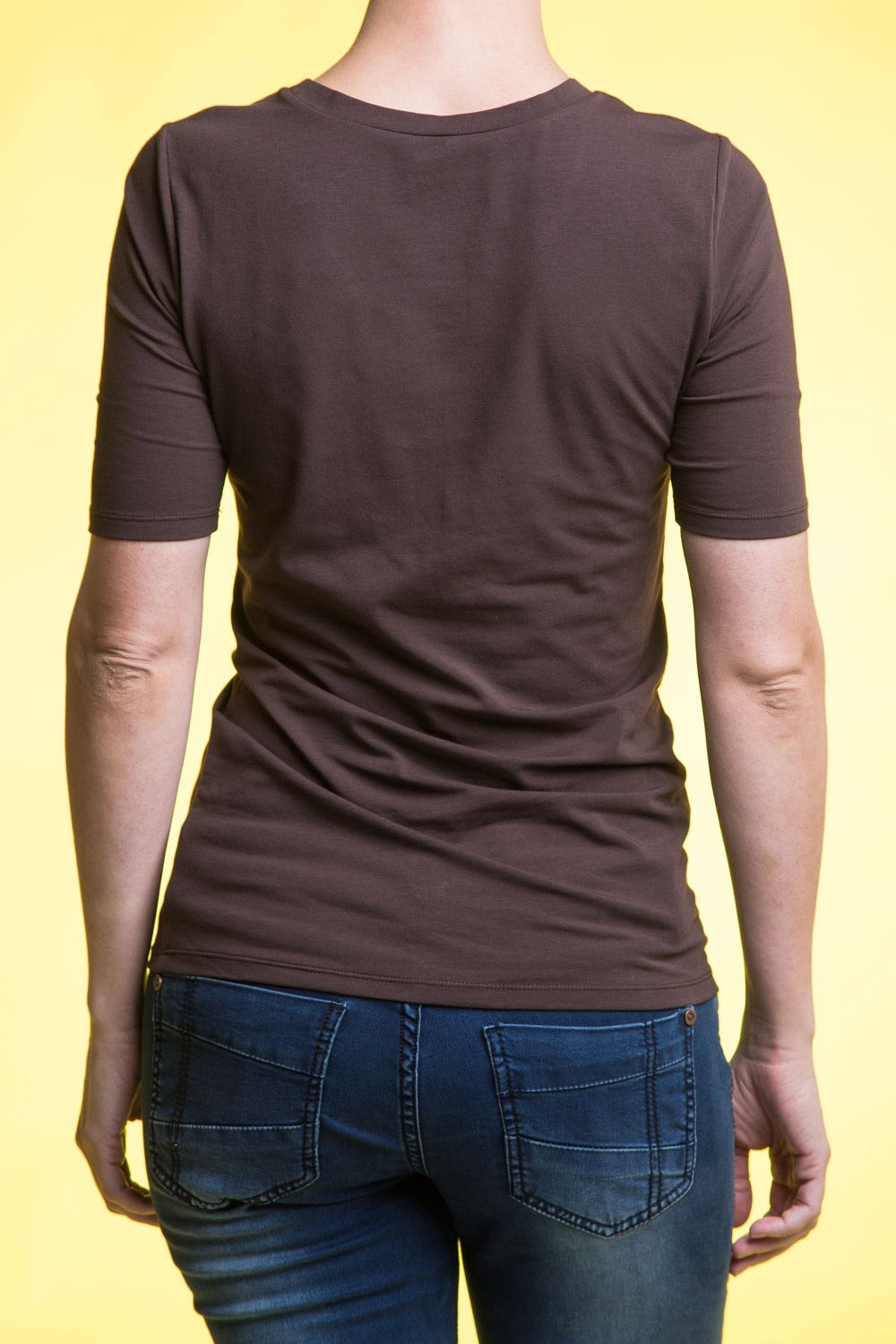 Type 1 Essential Half Sleeve Tee in Dark Brown