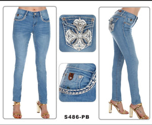 NEW!!! Skinny Leg Sexy Couture Jeans