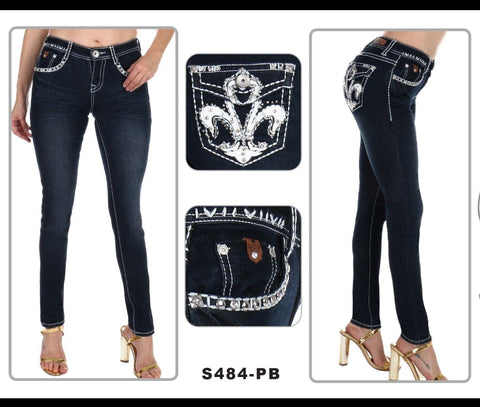 NEW!!!!  Skinny Leg Sexy Couture Jeans