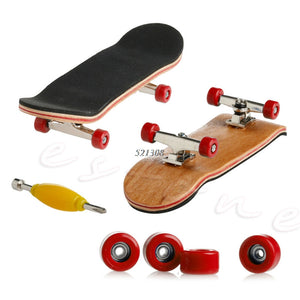 Professional Finger Skateboard With Bearing Wheels