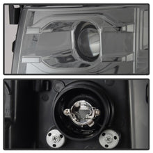 Load image into Gallery viewer, Spyder Chevy Silverado 1500 07-13 Version 3 Projector Headlights - Smoke PRO-YD-CS07V3-LBDRL-SM