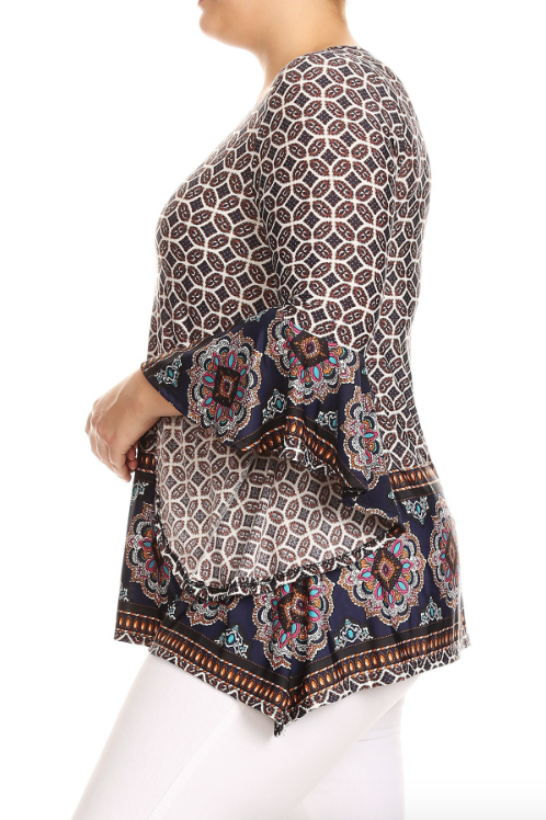 Plus Size Mandala Print Flare Sleeve Top