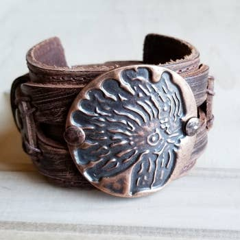 Molten Metal Leather INDIAN HEADDRESS Cuff Bracelet