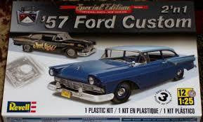 REVELL 1/25 '57 FORD CUSTOM
