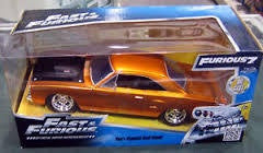 FAST & FURIOUS 1/24 DIECAST DOM'S PLYMOUTH ROAD RUNNER