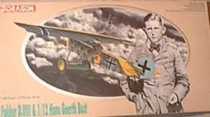 DRAGON 1/48 FOKKER D.V111 ( WITH 1/12 HANS GOERTH BUST )