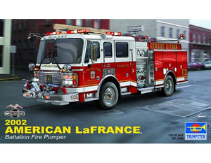 TRUMPETER 1/24 LAFRANCE EAGLE FIRE TRUCK