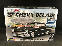 REVELL 1/25 SNAPTITE 57 CHEVY BEL AIR