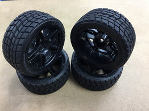 TAMIYA 1/10 R/C ON ROAD RADIAL TYRE & WHEEL SET  (4)