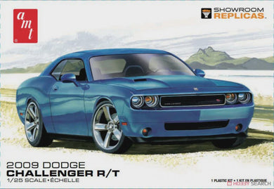 AMT 1/25 DODGE CHALLENGER RT