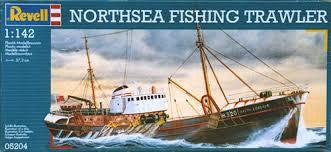 REVELL 1/124 NORTH SEA FISHING TRAWLER