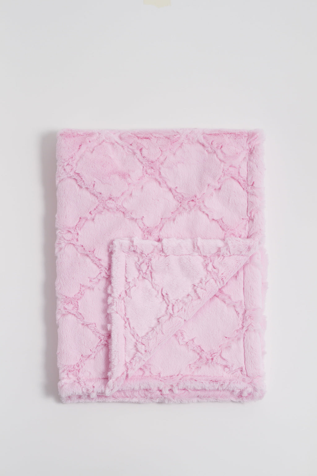 Pearl Pink Quaterfoil Blankets