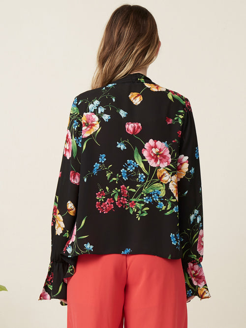 Layering piece  Cardigan  Ruffle sleeves  Printed tops Floral print