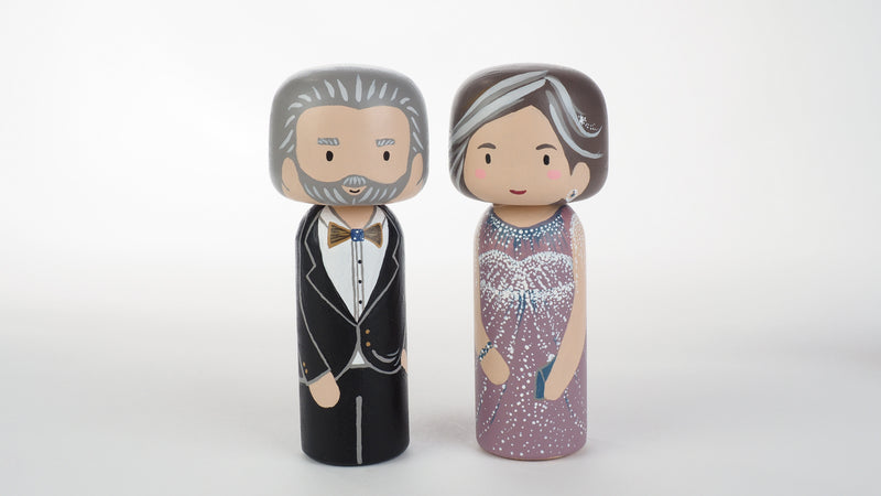 Customized Parents of the Bride wedding Kokeshi dolls, Peg Dolls! Parents of the Bride, they as important as the Bride on the BIG day. Congratulations to all the Brides' parents. These cute Kokeshi dolls show the unique sides of bride and parents of the bride. A great touch of personality to your wedding. What a great keepsake it would be!
