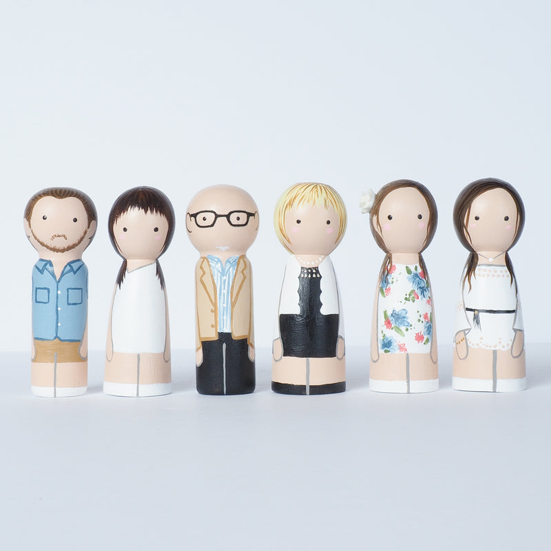 Family and friends portrait - Peg dolls