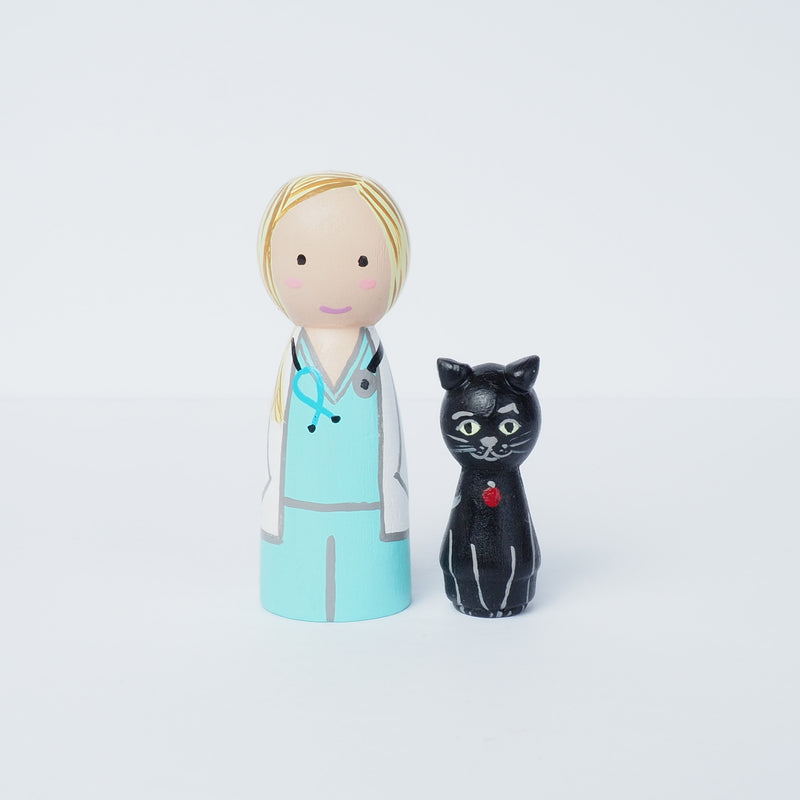 Family portrait with cat - Peg Dolls