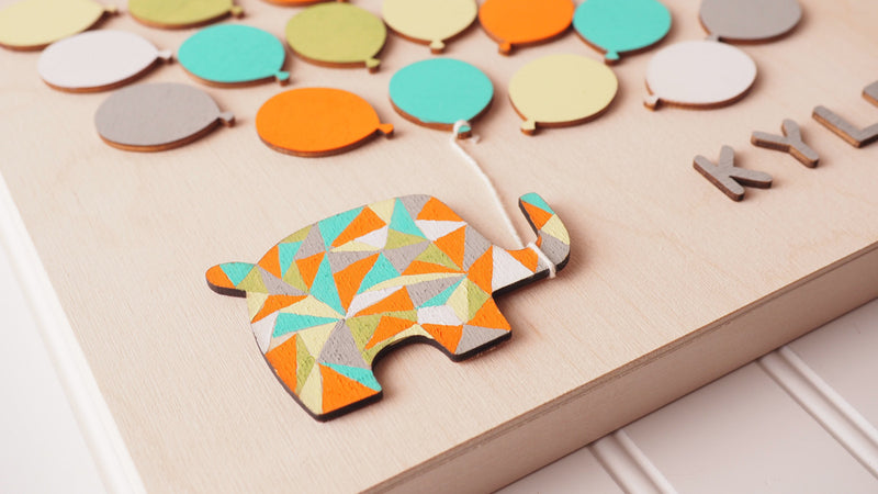 Baby Elephant Shower Wooden Guest book!  Have your guests sign a balloon and hang this guestbook in the baby's room after the shower.  Great keepsake and nursery décor!
