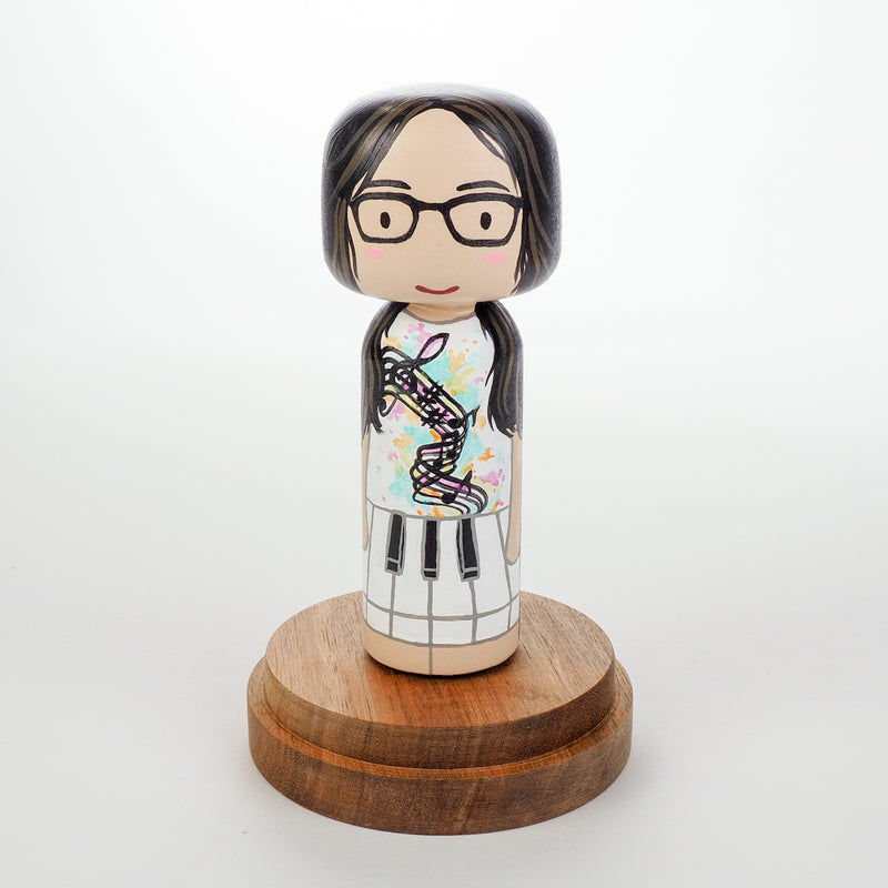 Introducing our new 2-in-1 family portrait Kokeshi dolls!  Everyone has many roles, interests, careers, personalities, and we all wear many hats in life.  Why not highlight and celebrate those in a hand-painted doll!  The toughest part is probably to choose the 2 roles you like us to paint.   Give something unique and personalized.  Customize your family, friends, or colleagues on Kokeshi dolls!  They are hand-painted with love that show the uniqueness of each individual.