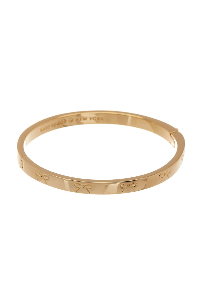 Pulsera Kate Spade Heavy Metals Engraved Bow Bangle