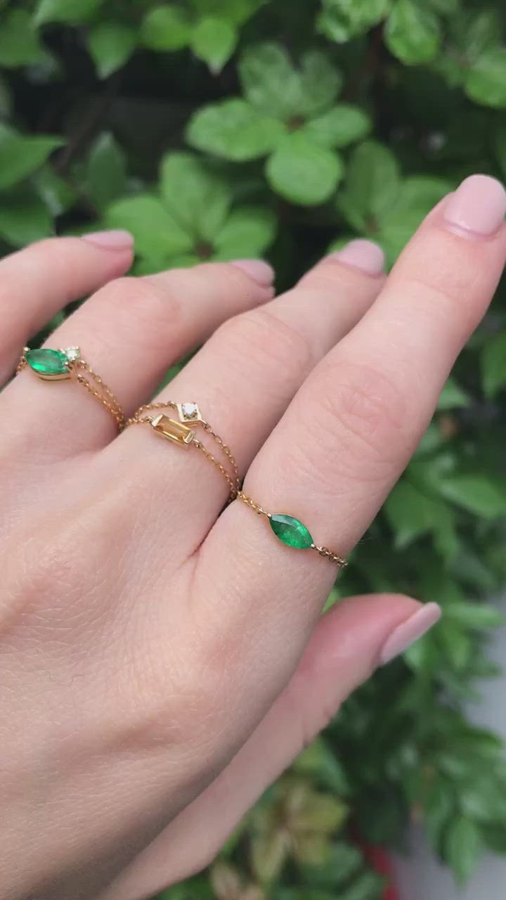 Emerald Marquise Supreme Chain Ring