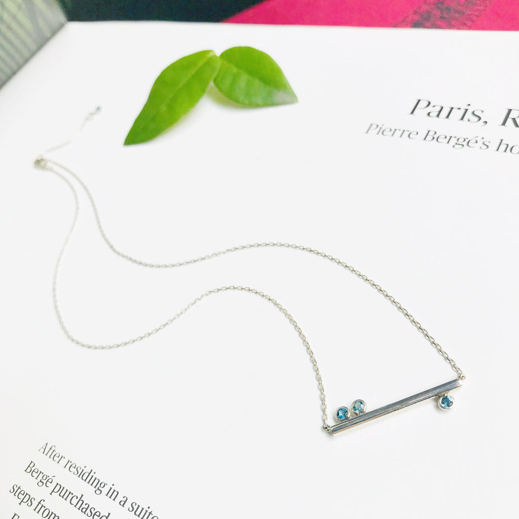 Yi Collection x Opening Ceremony Brilliant cut blue topaz Necklace
