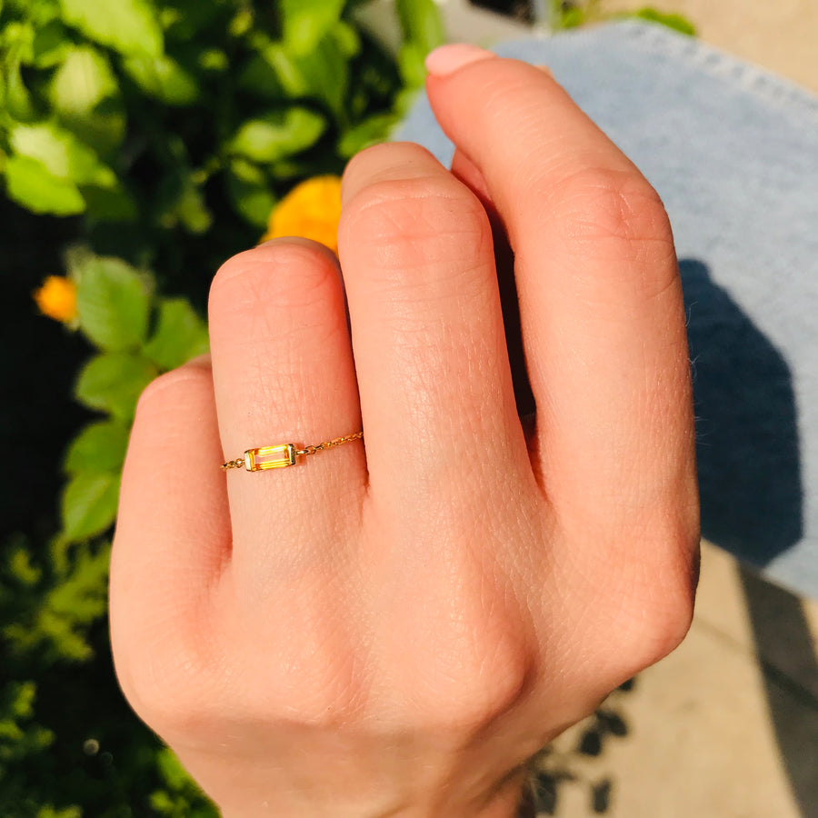 Yellow Sapphire Baguette Chain Ring
