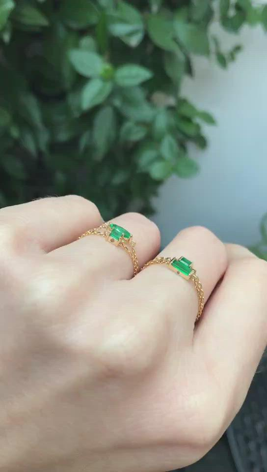 Emerald Baguette Chain Ring