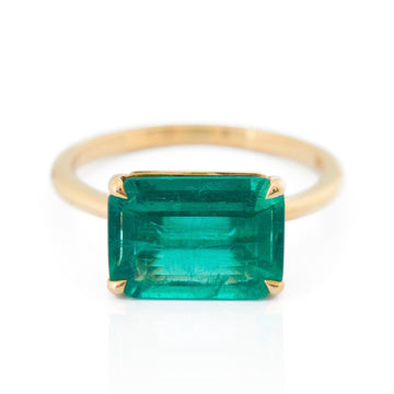 Emerald Supreme Ring