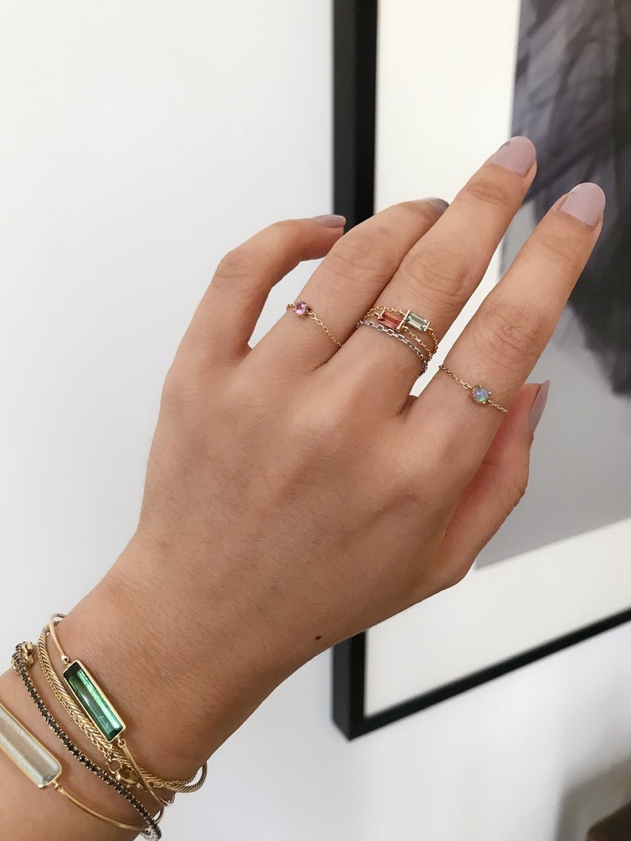 Green Sapphire Baguette Chain Ring