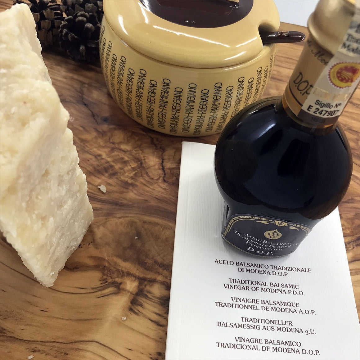 [Gift] Balsamic Vinegar 25 years, Parmigiano Reggiano and Cheese Bowl - PepeGusto