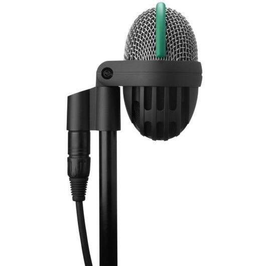 AKG D112 MKII ON STAND