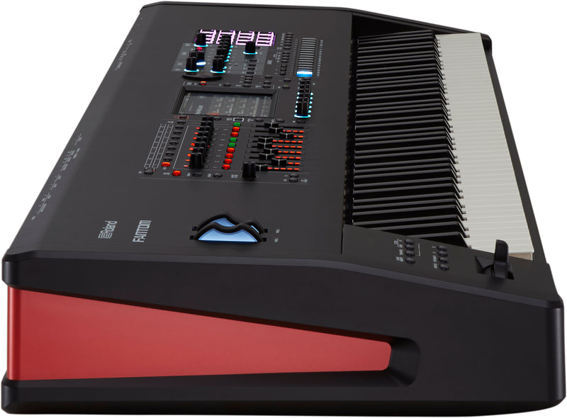 ROLAND FANTOM 8 SYNTHESIZER