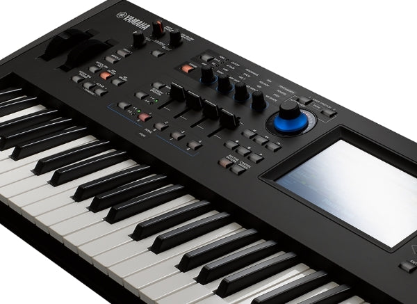 YAMAHA MODX8 81KEY SYNTHESIZER
