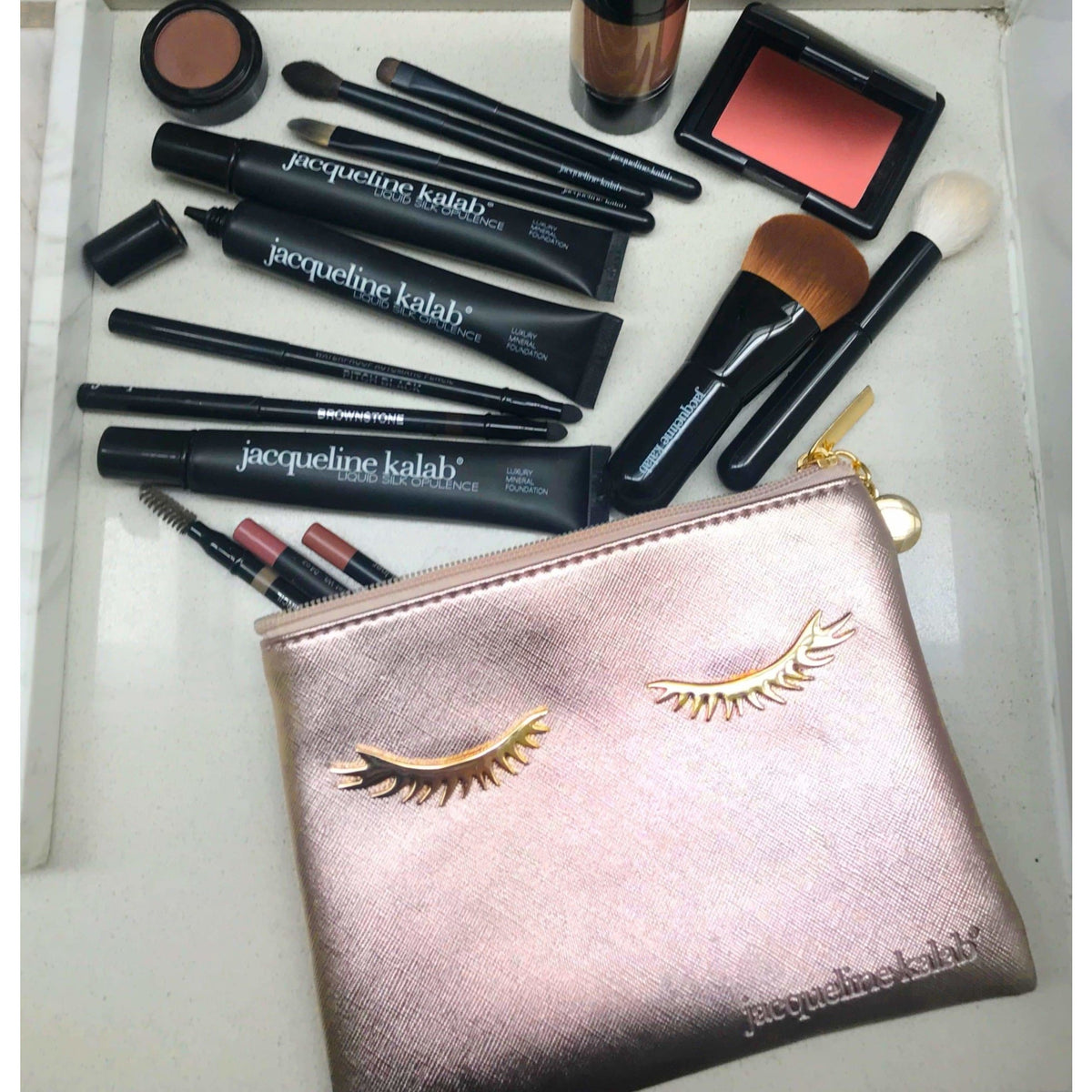 The Ultimate Makeup Bag - MyMakeup.Store by Jacqueline Kalab