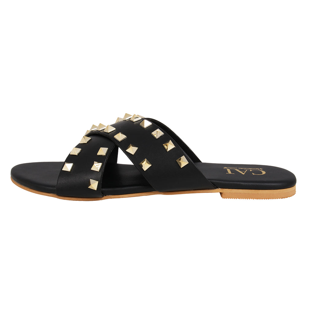 Cross strap studded Black