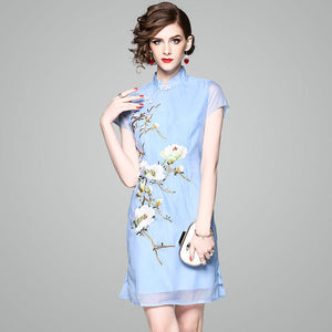Women's Clothing Factory Direct Sales on Behalf of The New Light Mature Socialite Embroidered Cheongsam Slim Dress 72306